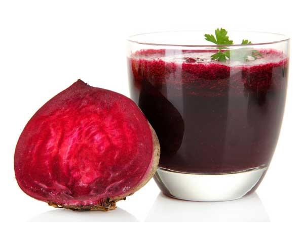 Rödbetsjuice - gör nytta i magen och skyddar mot sjukdomar.