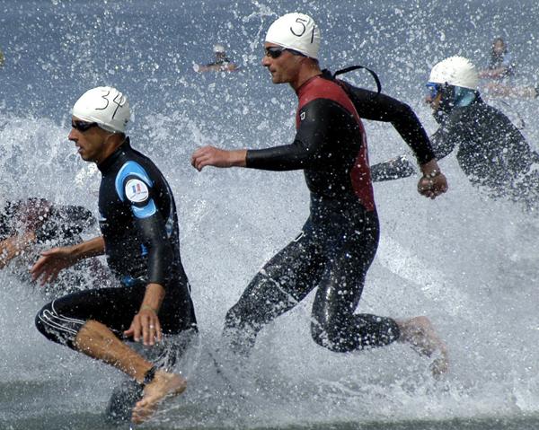 Triathlon - idrottares prestation och återhämtning kan förbättras med rödbetans betalainer.